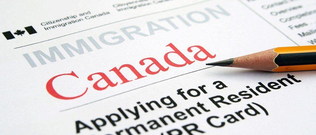 مهاجرت باوکیل یا بدون وکیل؟